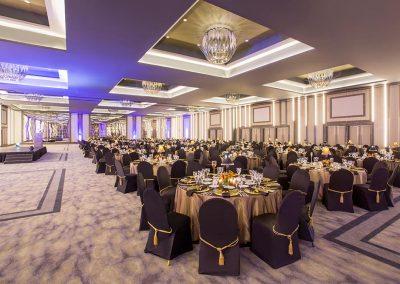 SCR5i1002-sun-city-convention-centre-kings-ballroom-banquet-setup-XS_5938-1